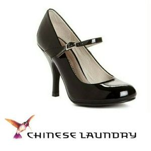 Chinese Laundry Next to Me